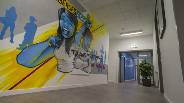 """Characters"" im Jobcenter Kempen"